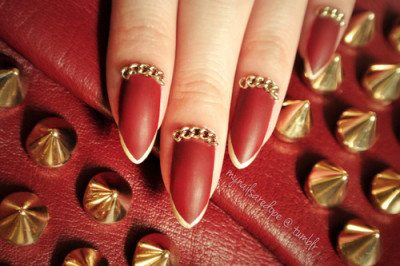 Matte Red With Gold Chain