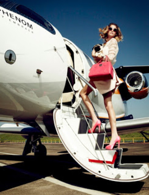 Beauty Travel: A Thorough Guide to Stepping Off a Plane & Looking Fabulous