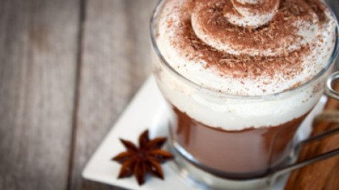 4 Delicious + Healthy Homemade Hot Chocolate Recipes You'll Love