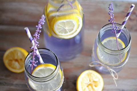 Fend Off Headaches Naturally With This Lavender Lemonade Recipe