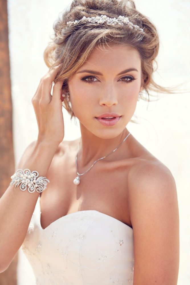 Beach Bridal Makeup Ideas : Bridal Makeup Tips You Need To Know
