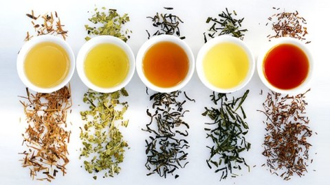Infographic: The Health Benefits of 9 Herbal Teas