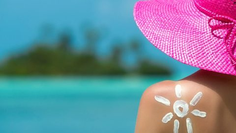 Sunscreens That Won't Cause Acne and Breakouts