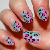 You can't go wrong with a colorful cheetah print. credit: fashionheartbeats.blogspot