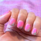A glitter accent reigns as the most easy to do nail art there is! credit: nailartdesignsidea.com